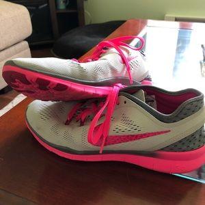Nike Free 5.0 Women's 8.5 tennis shoes